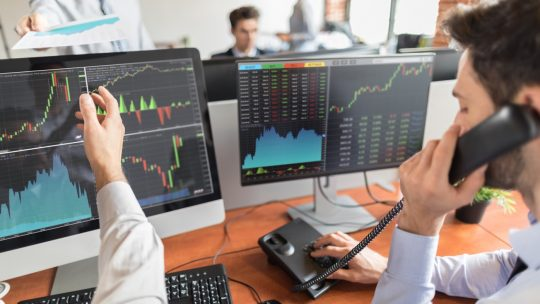 Quelques points à connaître pour trouver un meilleur broker Forex