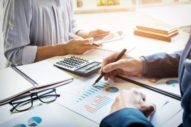Confier la gestion de vos comptes à un cabinet comptable à Ixelles ?